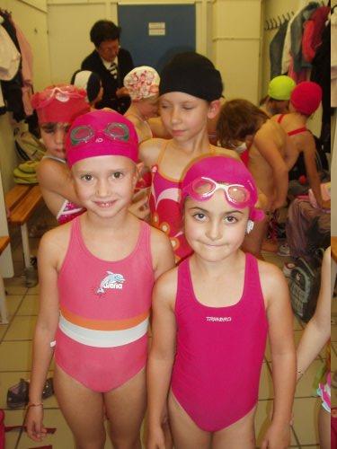 http://sd-2.archive-host.com/membres/images/11378610225782703/2011_2012/piscine/piscine2.jpg