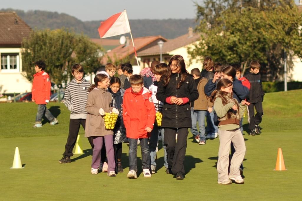 http://sd-2.archive-host.com/membres/images/11378610225782703/golf_cm2/DSC_4532.jpg