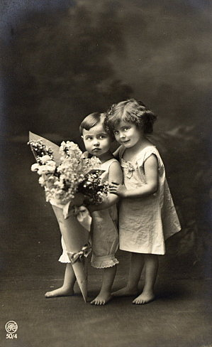 http://sd-2.archive-host.com/membres/images/80030918250460808/M-enfants-bouquet.jpg