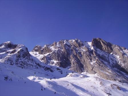 http://sd-2.archive-host.com/membres/images/80030918250460808/divers/med-visoterra-sommet-des-pyrenees-3609.jpg