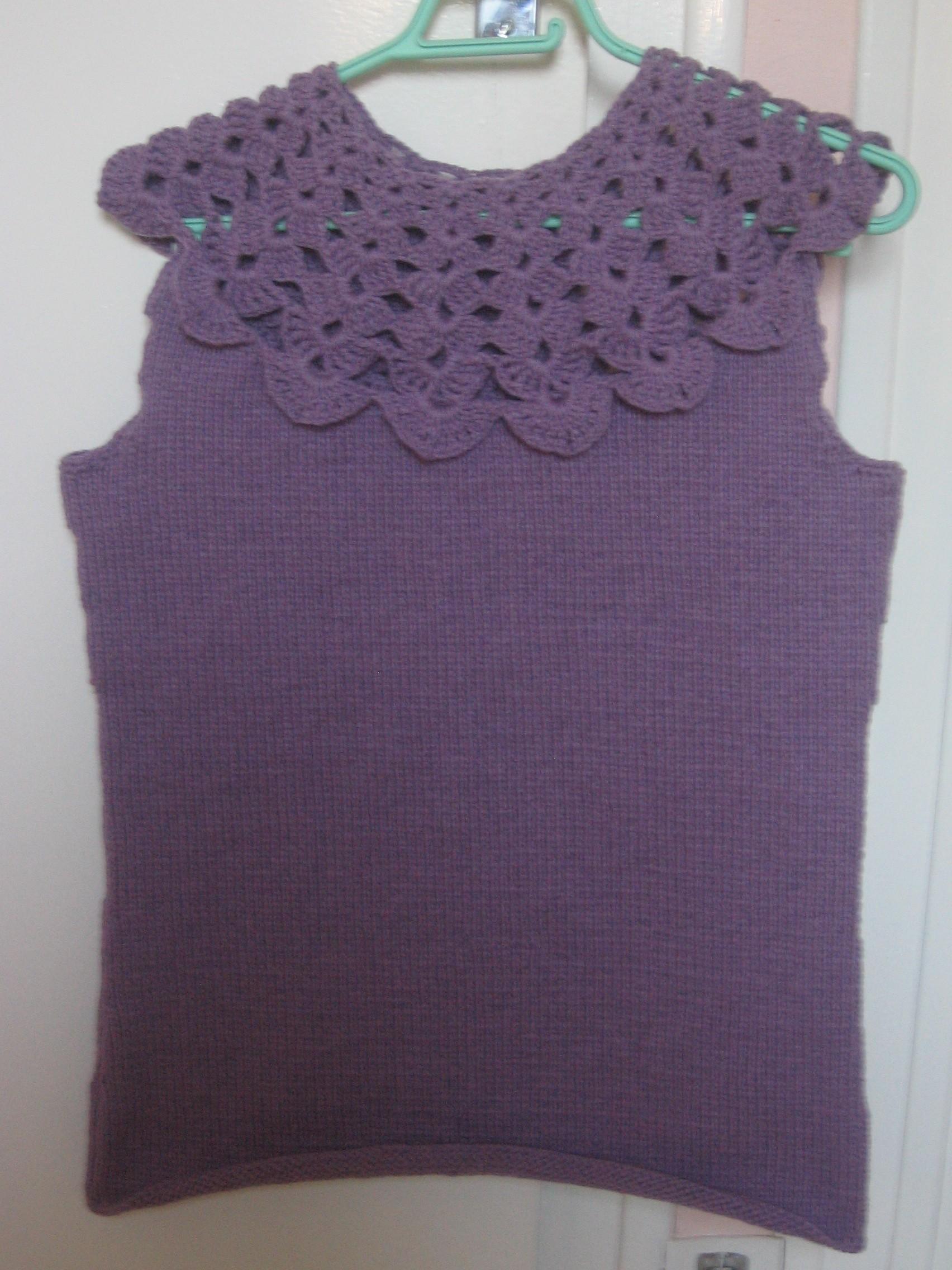 http://sd-2.archive-host.com/membres/images/97526661031680376/VETEMENTS_AU_CROCHET/Debardeur_Tricot-Crochet_Violet/IMG_1873.JPG