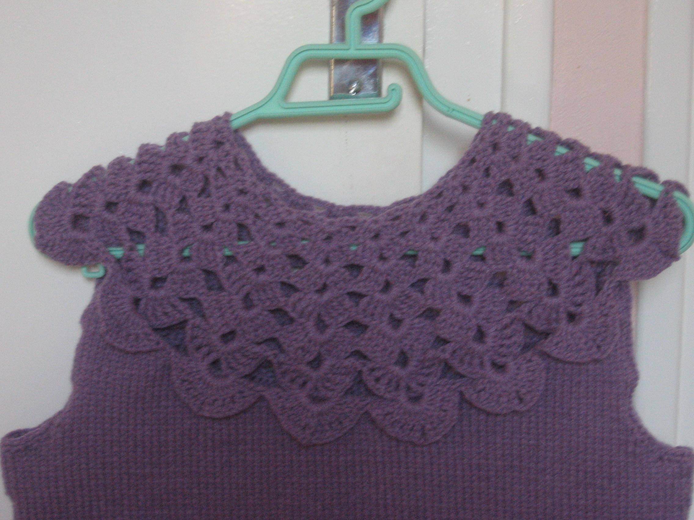 http://sd-2.archive-host.com/membres/images/97526661031680376/VETEMENTS_AU_CROCHET/Debardeur_Tricot-Crochet_Violet/IMG_1874.JPG