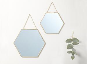 Miroirs hexagonaux dorés à chaînette