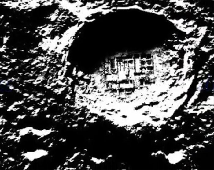 lune - [La face caché de la Lune] Que nous a t'on toujours caché Structure
