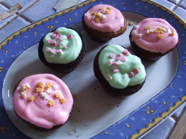Cupcakes : recettes et décors simples - Page 2 DSCF5153