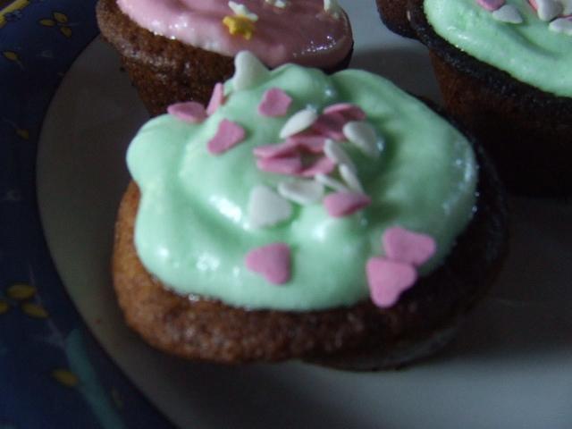 Cupcakes : recettes et décors simples - Page 2 DSCF5158