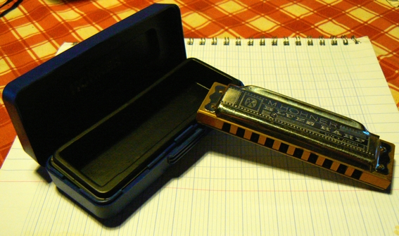 Sujet officiel du Vintage ou Harmonica de collection. Blues_Harp_Trad_2