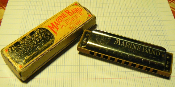 Sujet officiel du Vintage ou Harmonica de collection. Marine_Band_Trad_1